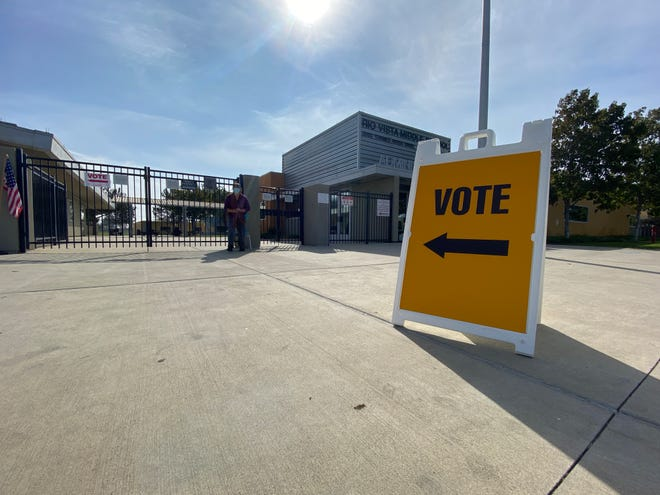 A voting center at Rio Vista Middle School in Oxnard's RiverPark community in November 2020.