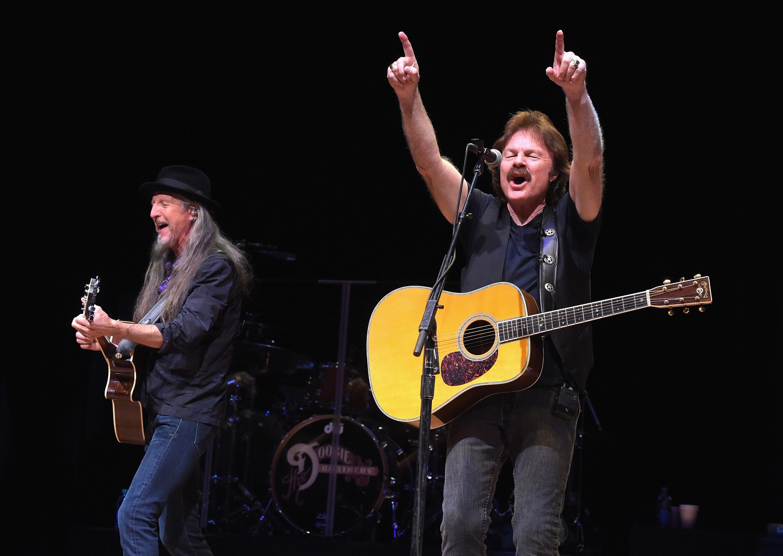 Visalia s Tom Johnston, Doobie Brothers inducted into Rock Hall