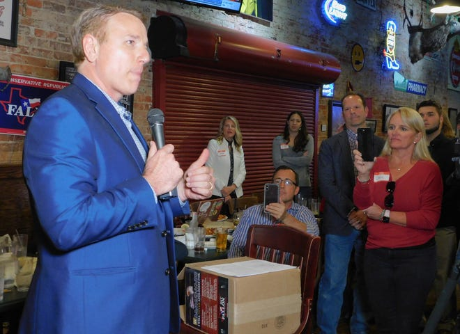 Pat Fallon speaks in Sherman following victory in the race for Texas Congressional District 4.