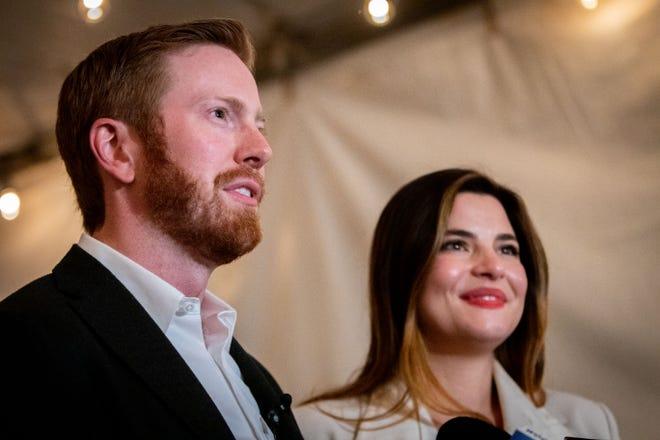 Wakil terpilih AS Peter Meijer, R-Grand Rapids Township, dan istrinya Gabriella berbicara kepada media pada Malam Pemilu, 3 November 2020.