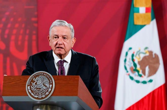 El presidente de México, Andrés Manuel López Obrador, durante su conferencia de prensa matutina, hoy en Palacio Nacional en Ciudad de México.