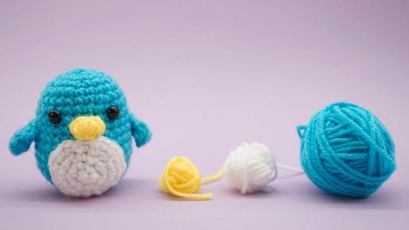 Best DIY gifts: Beginner Crochet Penguin Kit