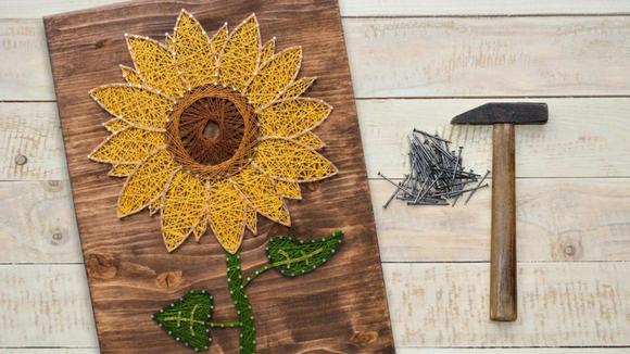 Best DIY gifts: Sunflower String Art Kit