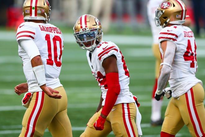 Kendrick Bourne, de los San Francisco 49ers, reacciona después de un touchdown durante un juego contra los New England Patriots el 25 de octubre de 2020 en Foxborough, Massachusetts.