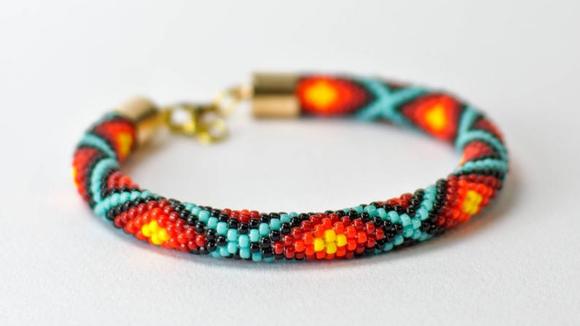 Best DIY gifts: Bead Crochet Kit