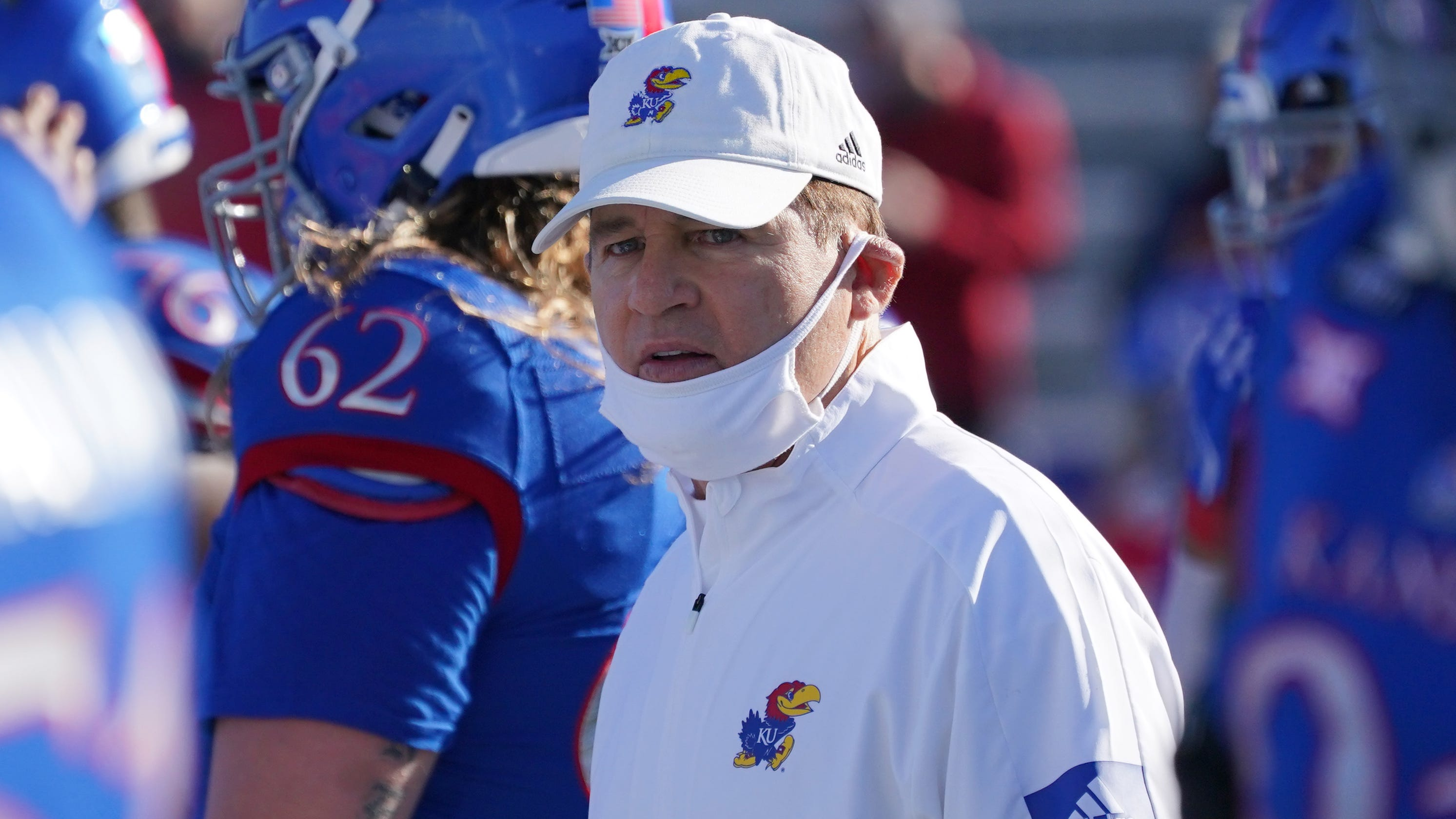 'We did our due diligence:' Kansas pays Les Miles nearly $2 million in settlement deal – USA TODAY