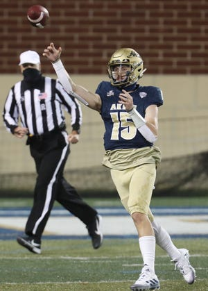 Akron quarterback Zach Gibson throws an incomplete pass Nov. 4 against Western Michigan at the University of Akron's InfoCision Stadium.