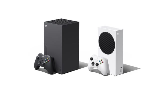 From left, the Xbox Series X and Xbox Series S.