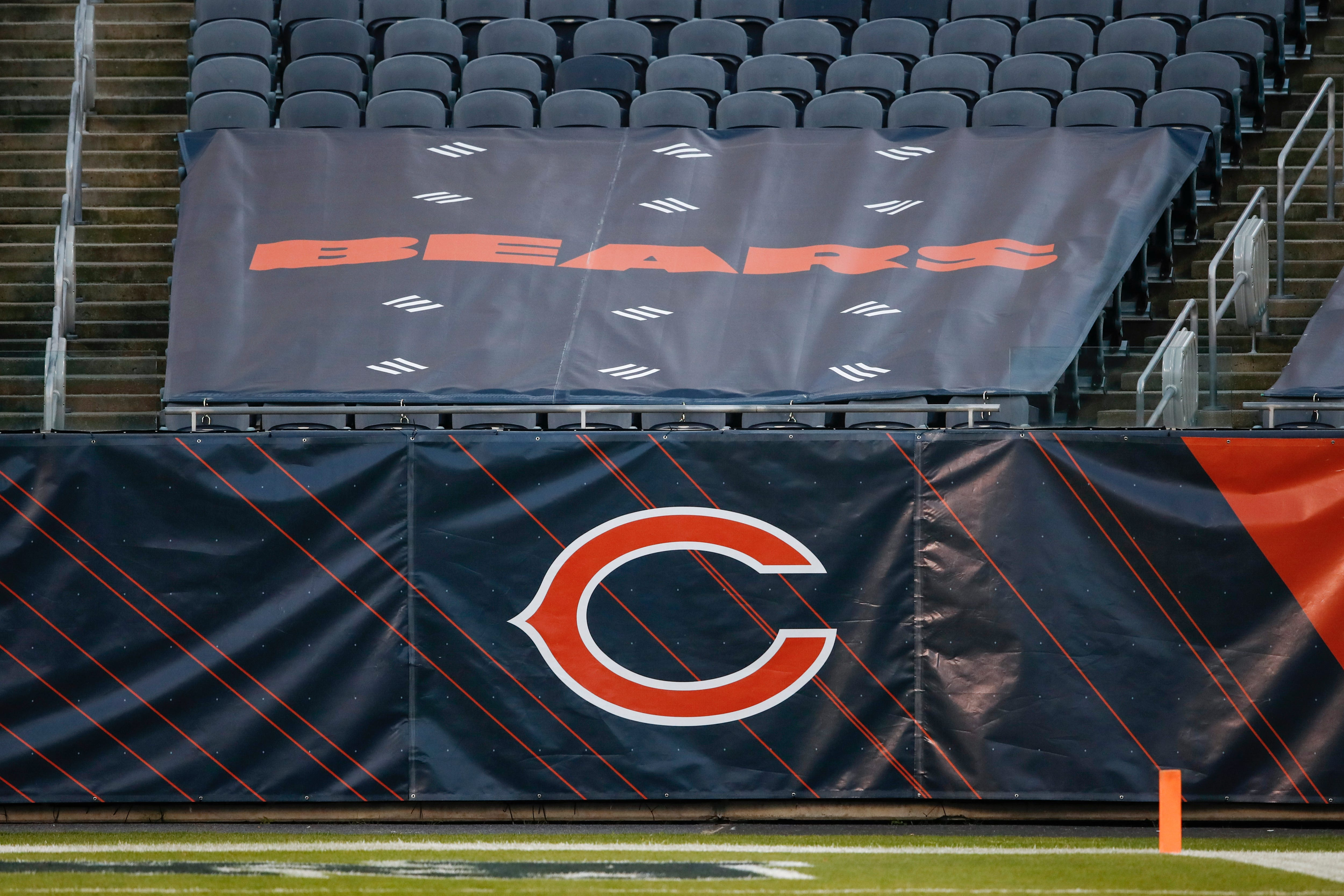 Bears, Chiefs join Texans, Colts as NFL teams closing facilities Thursday due to COVID-19 tests