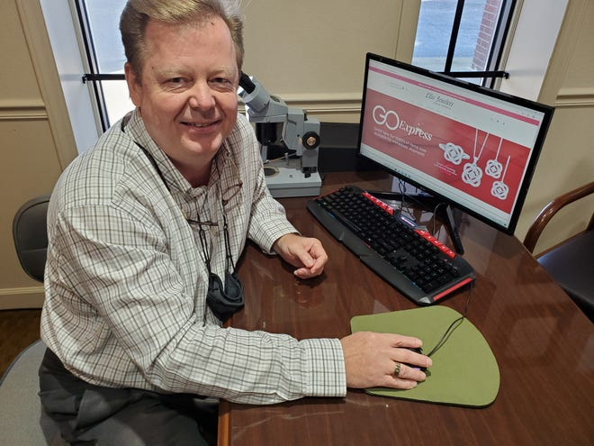 In October, Ellis Jewelers owner Tim Hiatt added the GOExpress option to the store's once billboard-only website, making the site an interactive shopping experience for customers. More than 30,000 jewelry items can now be viewed, purchased and shipped to customer's homes. This will be the store's first foray into Cyber Monday.