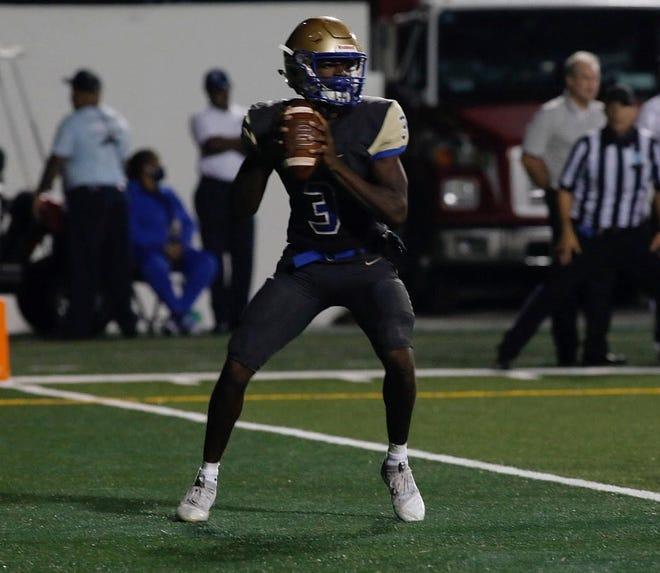TJ Lockley (3) and No. 1 Mainland ride a five-game winning streak into their 27th consecutive state playoff appearance.