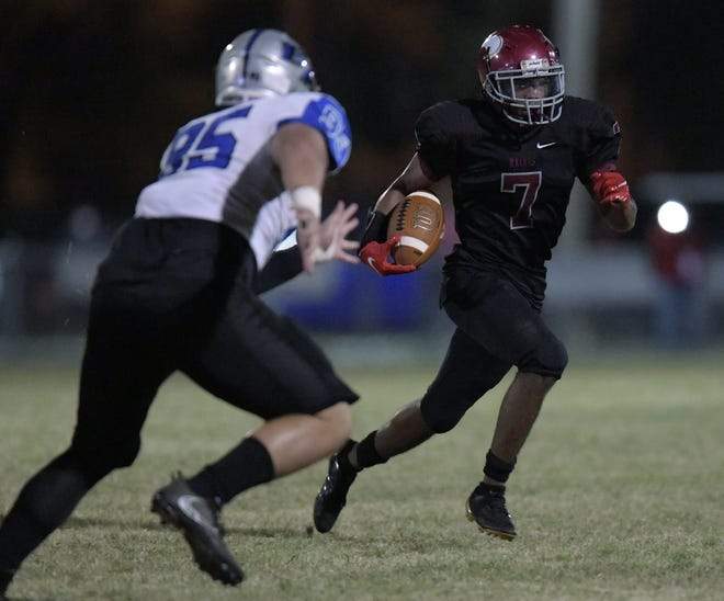 Raines wide receiver Mikih McGhee dashes for a touchdown against Bartram Trail in November. The FHSAA voted Monday to hold a special meeting to address reclassification for 2021-22.