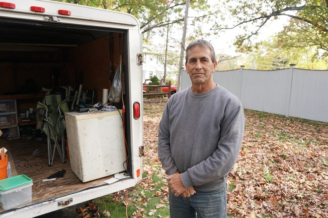 "New Warwick mayor-elect Frank Picozzi is still working his day job as a vinyl siding contractor. ""I don't get paid until I take office,"" he said. ""I'm a poor guy."""