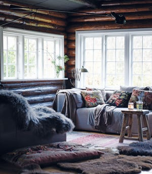 Layer log cabin style with colors drawn from nature and an abundance of textures to complete your homey design.