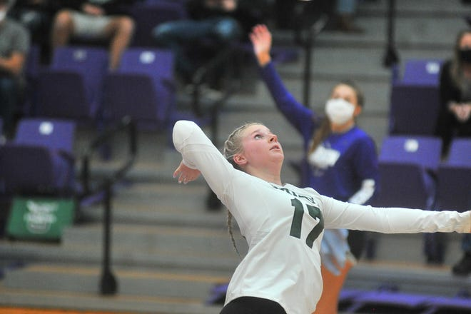 Smithville's Kiley Kalina serves during the Smithies' regional semifinal win over Crestview.