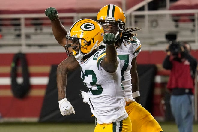 Green Bay Packers wide receiver Marquez Valdes-Scantling, left, celebrates with Davante Adams after scoring against the San Francisco 49ers during the first half of an NFL football game in Santa Clara, Calif., Thursday, Nov. 5, 2020.