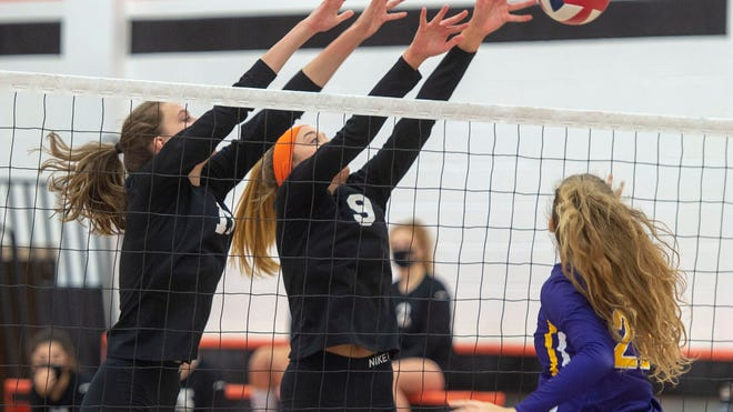 Piaa Volleyball Bethlehem Catholic Tops York Suburban In 3a Semifinals
