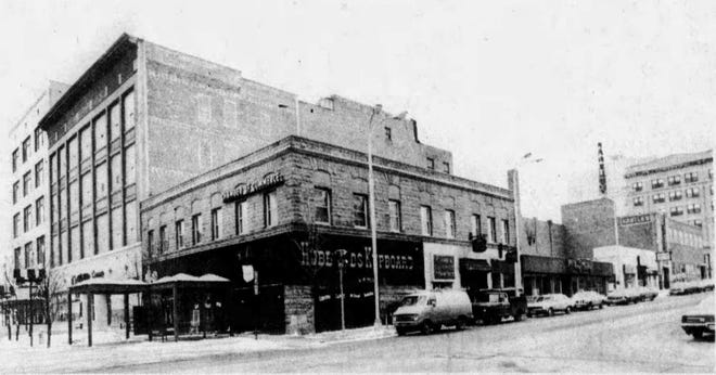 Skelly's is shown looking southwest at Ninth and Phillips in 1978. . Skelly's is just to the west of Hubbard's Kupboard, just right of center.