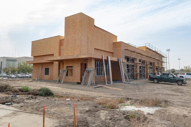A new building for several new businesses including Dutch Bros., Sourdough & Co., Taco Bell and Little Caesars is under construction on Akers Street just south of Cypress Avenue.