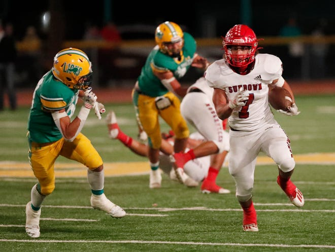 Sundown's EJ Hernandez carried the ball 31 times for 158 yards and two touchdowns, leading the Roughnecks to a 35-21 win over New Deal in a District 2-2A Division I game Friday night.