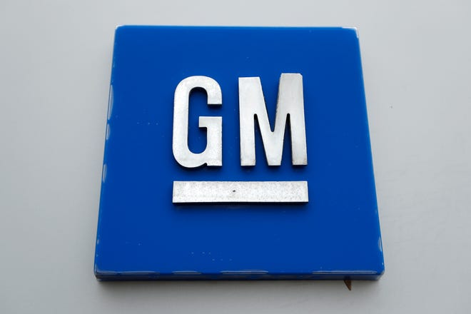 General Motors is bringing a plant back to Canada, according to a recent report.