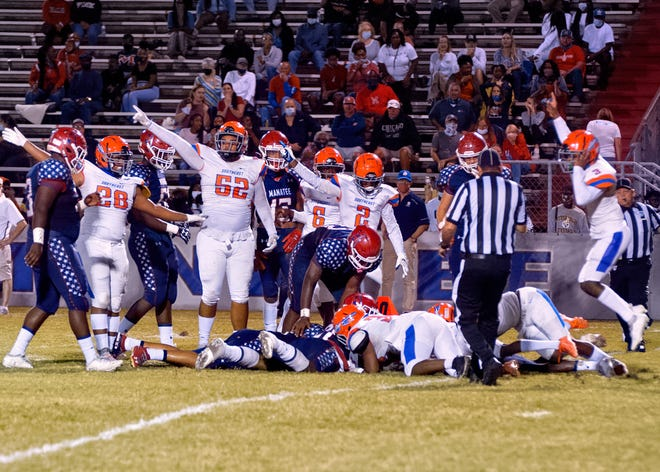 The Southeast High football team defeated Manatee High, 25-24, to hand the Hurricanes their first loss of the season.