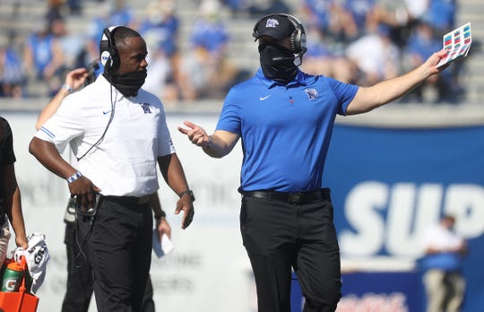 Memphis Tigers Head Coach Ryan Silverfield talks to his team as they take on the South Florida Bulls at Liberty Bowl Memorial Stadium on Satrurday, Nov. 7, 2020.