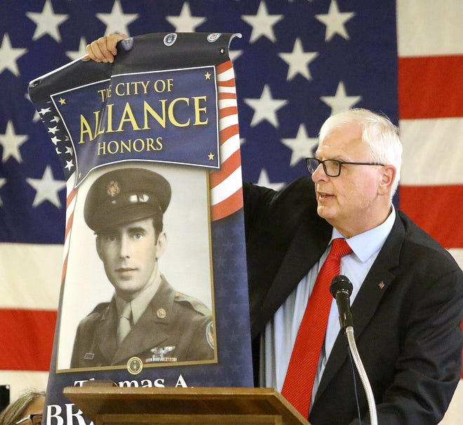 Alliance mayor Alan Andreani shared a prototype of the city's veterans banners during a July 2019 meeting of American Legion Post 166.