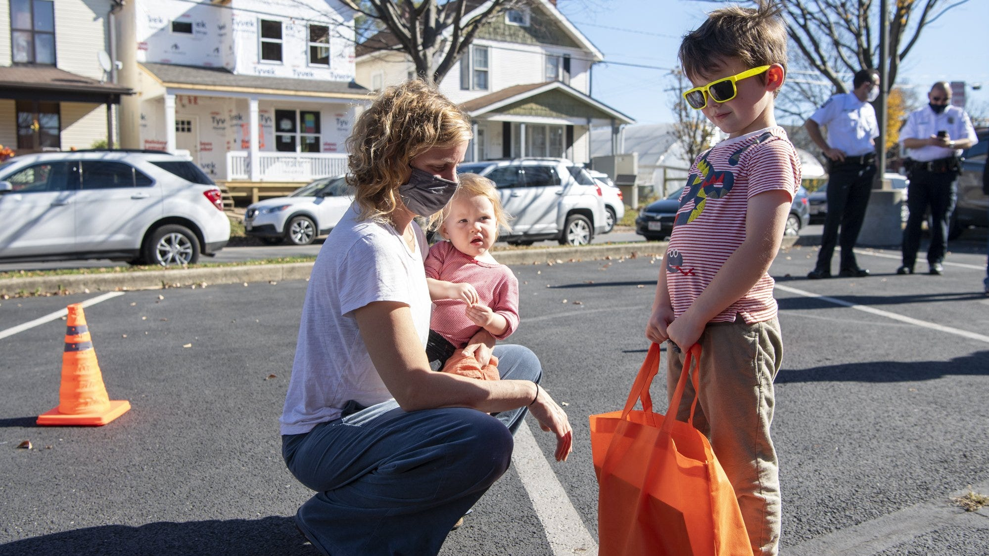 'Learning Lunchboxes' distributed in Franklinton to inspire kids' interest in science