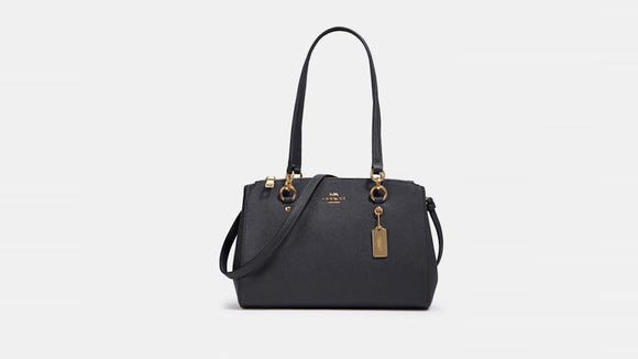 The Etta carryall makes for the perfect work bag.