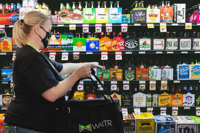 Waitr announced in November that it would begin offering alcohol delivery in Lafayette.