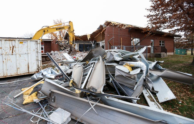 A demolition crew uses heavy equipment to tear down Portland Elementary on Monday, Nov. 9, 2020, to make way for a new Jarrett Middle School. The $41.54 million project is part of a bond issue approved by voters in April 2019.