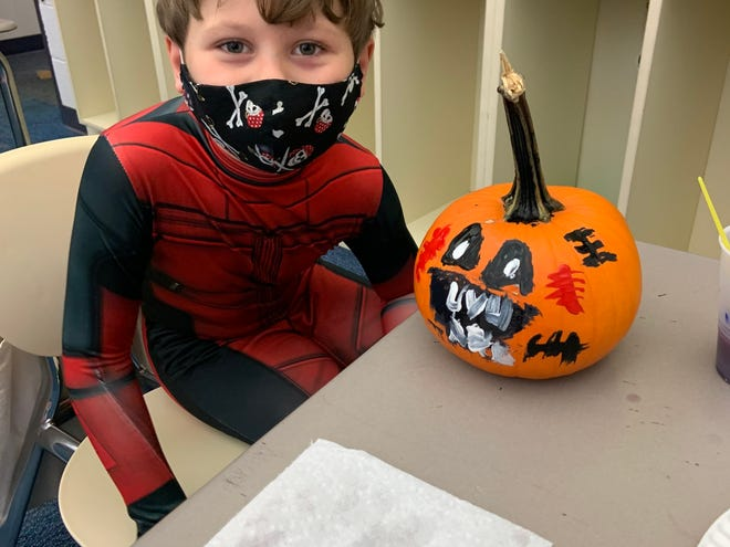 First-graders at Alliance Early Learning School enjoyed Halloween parties recently, with students dressing in costumes, playing games, making Halloween crafts.