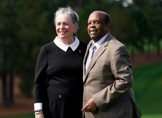 Lee Elder, shown with his wife, Sharon, was the first Black man to play in the Masters in 1975. To honor him, Augusta National will name two scholarships in his name and he will play an honorary tee shot at the Masters in 2021.