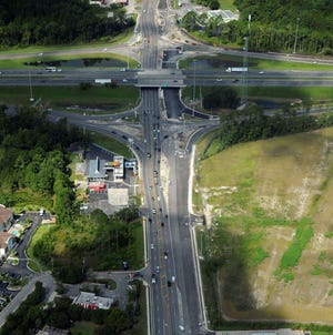 The diverging diamond interchange at Interstate 95 and Florida 200/A1A in Yulee opens this weekend.