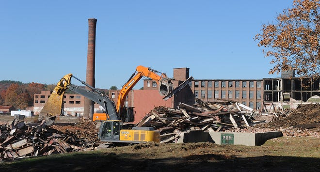 Demolition continues Nov. 9, 2020 at the Draper building in Hopedale.  [Daily News and Wicked Local Staff Photo/Art Illman]