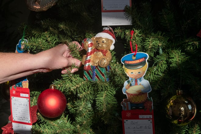 Families seek help for the holidays from Angel Tree program.