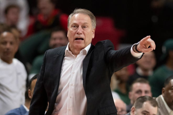 Michigan State Spartans men's basketball coach Tom Izzo tested positive for the coronavirus on Monday.