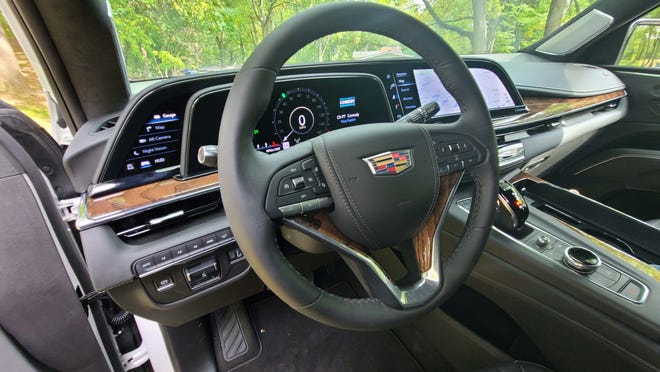 The driver's cockpit in the 2021 Cadillac Escalade.