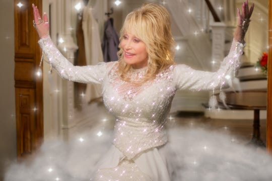 """Dolly Parton as Angel in """"Dolly Parton's Christmas on the Square."""""""