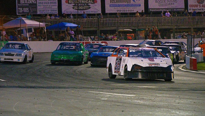Racing will return at Carteret County Speedway on Saturday. [Eric Creel / Carteret Speedway]