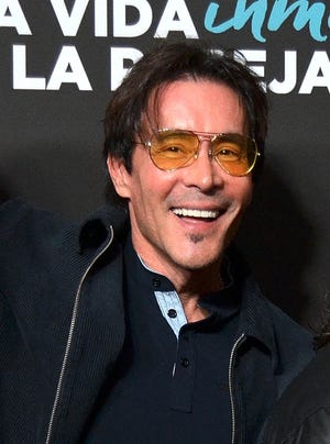 Joe Bonilla concluye su representación artística con Eleazar Gómez, ya que considera inaceptable el delito presuntamente cometido por el actor.