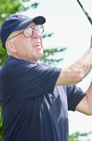 Tom Hovey had a multitude of athletic accomplishments in golf, running and speedskating.