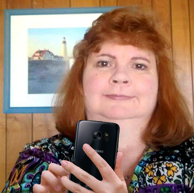 Sandra Wells wrote three murder mystery books, all set in the Seacoast, since she decided to become a writer in March. In a twist, she has written the books, all now published, on her Samsung smartphone.