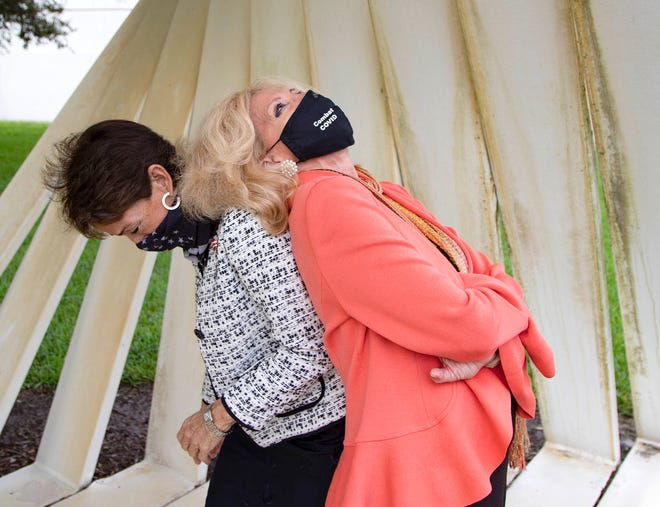 Maria Marino, left, a former Palm Beach Gardens councilwoman, and Maria Sachs, a former state legislator, get together in the days before they join the Palm Beach County Commission on Nov. 17.