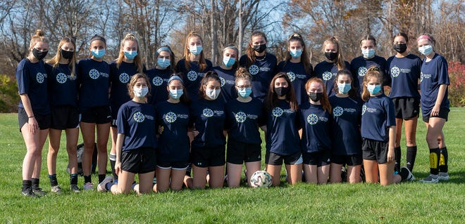 The Lady Lakers enjoyed a specular season in The Mariner Fall Soccer league playing against other SCC teams. The Lakers were undefeated going into their final game against Old Rochester. ORR took the win, 1-0.