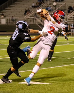 Thomas senior quarterback Isaac Settles was second-team all-league as the Cardinals finished 2-7. He completed 57 of 106 passes for 549 yards with four touchdowns and five interceptions and rushed 74 times for 300 yards and two scores.