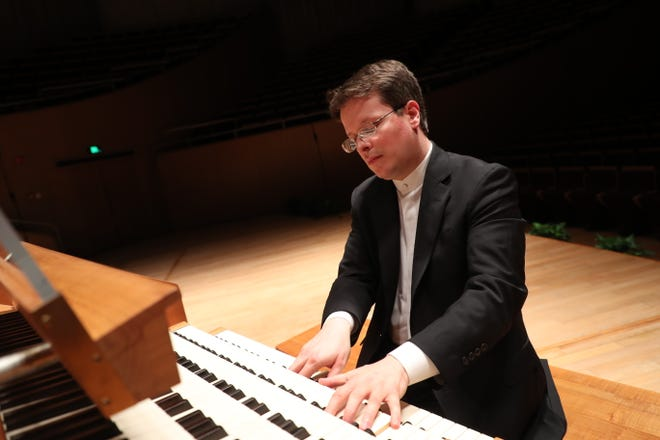World renowned organist Paul Jacobs will be in Jackson this weekend performing with The Jackson Symphony.