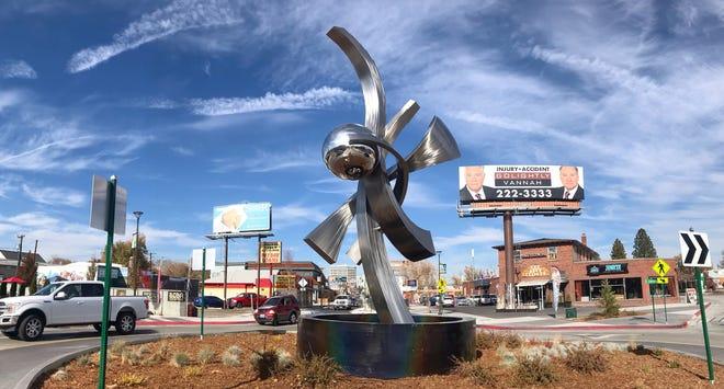 Sculpture on Wells Avenue