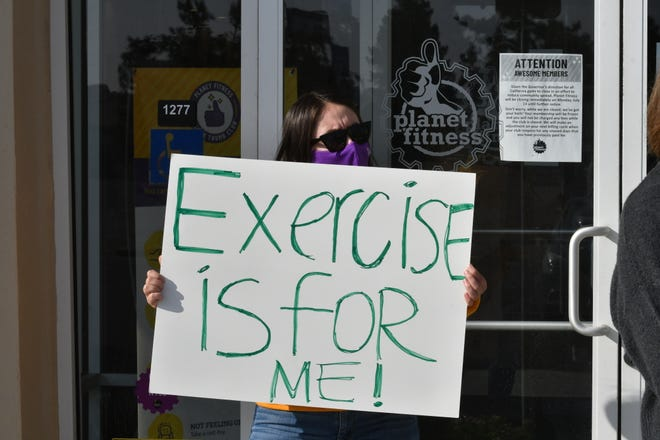 Planet Fitness members urged Gov. Gavin Newsom to reopen gyms in disadvantaged California communities during a Thursday press conference at the health club's Tulare chapter.